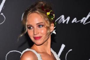 Jennifer Lawrence rihat dari akting