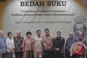 Prabowo Bedah Buku Sumitro Djojohadikusumo