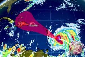 Maria tambah kuat jadi badai potensi bencana