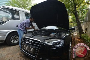 Hasil lelang mobil KPK: Panther termurah, Jaguar tidak laku