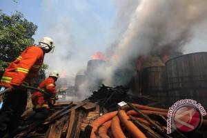 Kebakaran Tumpukan Kabel PLN