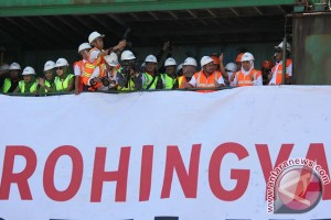 Bantuan Pangan Untuk Rohingya