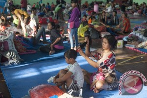 Peradah Buleleng kumpulkan donasi pengungsi Gunung Agung