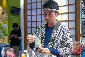 Ada atraksi pahat permen khas Jepang di Garuda Indonesia Travel Fair (video)