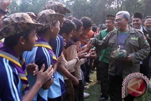Aher Hadiri Jambore Pelajar Jabar