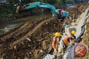 Proyek Normalisasi Bantaran Bukit Duri