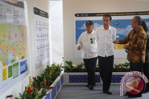 Presiden Jokowi yakin target tol 1.800 km tercapai