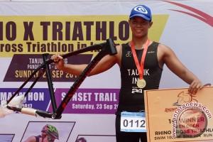 Juara Rhino X Triathlon Tanjung Lesung 2017