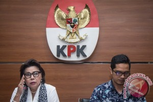 KPK sita empat mobil kasus Bupati Kukar