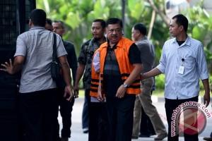 Ketua DPRD Banjarmasin Iwan Rusmali resmi diberhentikan