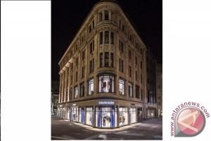 Calvin Klein, Inc. buka gerai baru di Shanghai dan Düsseldorf