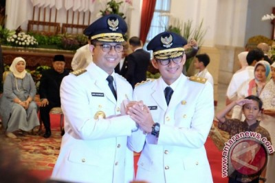 Luhut harap Anies-Sandi gubernur semua rakyat Jakarta