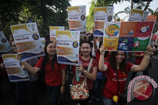 Dua toko obat di Bekasi ditutup