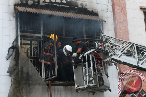 Kebakaran landa ruko tiga lantai di Medan, satu tewas