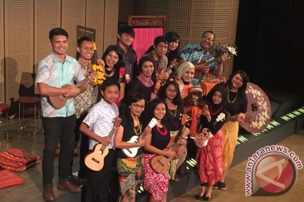 Ria Enes Dan Susan Berceloteh Tentang Nusantara