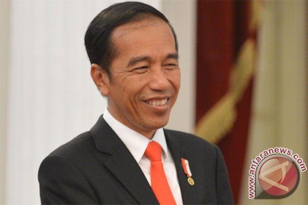 President delivers scientific address at Diponegoro University