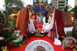 Parade Batik Nusantara
