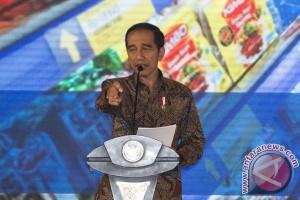 "Jokowi akui ""mengguritanya"" BUMN di depan KADIN"