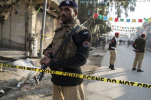Bom bunuh diri di Pakistan tewaskan 18 orang