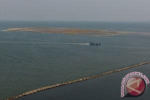 Kemarin, Lyra Virna diperiksa dan harapan nelayan soal kelanjutan reklamasi