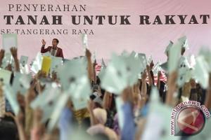 Presiden bagikan puluhan ribu sertifikat tanah se-Tangerang