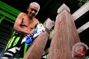 Pria Satu Abad Di Keerom Papua