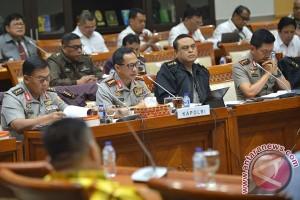 Lima fokus DPR dalam rapat dengan Kapolri hari ini