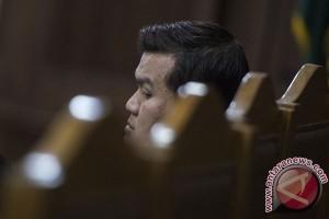 Hakim cecar soal berkas dirut PNRI dalam kasus KTP-E
