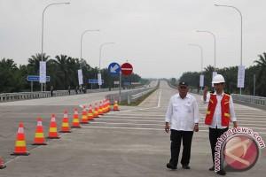 Pengamat: Presiden miliki perhatian kerusakan jalan