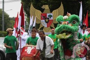 Diiringi pasukan pengibar bendera, PKB mendaftar ke KPU