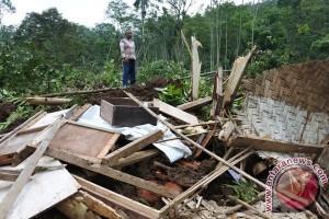 Bencana Longsor Jember