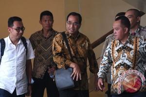Menteri Perhubungan Diperiksa KPK