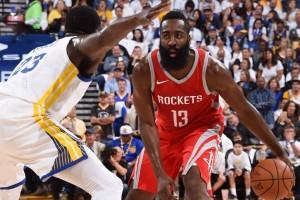 Tembakan Durant dianulir, Warriors ditekuk Rockets 121-122