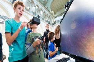 Pemuda Swiss lebih banyak daring dibanding nonton televisi