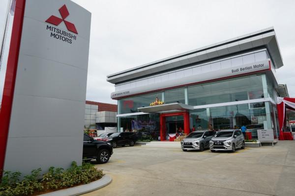 Mitsubishi tambah diler kendaraan penumpang di Lampung