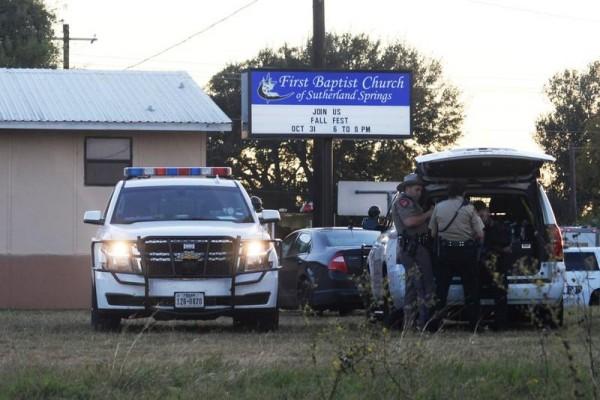Pria bersenjata Texas tewaskan 26 jemaah di gereja