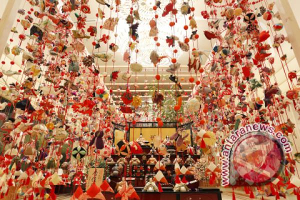 Keio Plaza Hotel Tokyo selenggarakan pameran Hina-matsuri (Festival Boneka Anak Perempuan)
