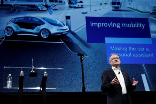 Daimler-Bosch segera ujicoba armada swakemudi Robo-taxis