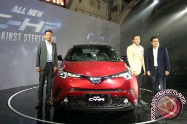 Toyota C-HR diimpor dari Thailand, ditarget laku 140 unit per bulan