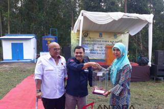 Penuhi kebutuhan warga Desa Sukahurip, pemerintah resmikan sumur bor dan bagikan PJU TS