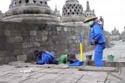 Warga Borobudur Simpan Benda Purbakala