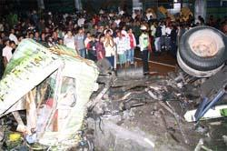 10 Tewas dalam Kecelakaan Kontainer Trailer di Pasuruan
