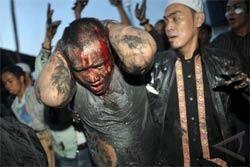 Bentrok Di Makam Mbah Tanjung Priok