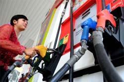 Pemerintah Antisipasi Pembelian BBM Berlebih