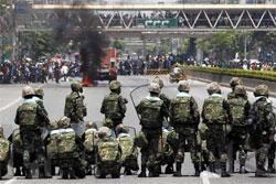 Kerusuhan Bangkok Sudah Tewaskan 10 Orang