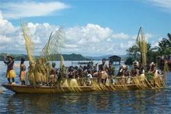 Dunia Kenal Papua Melalui Festival Danau Sentani