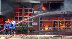 Pabrik Penggilingan Beras di Bekasi Terbakar