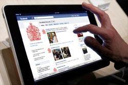 Indonesia Posisi Ketiga Gunakan Facebook