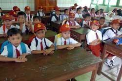 Sekolah Gratis di Kabupaten Malang Terancam Gagal